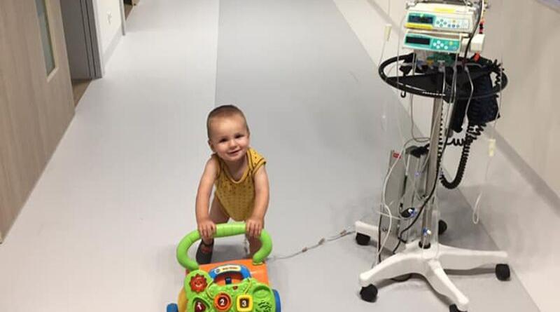Mathis op weg in het ziekenhuis