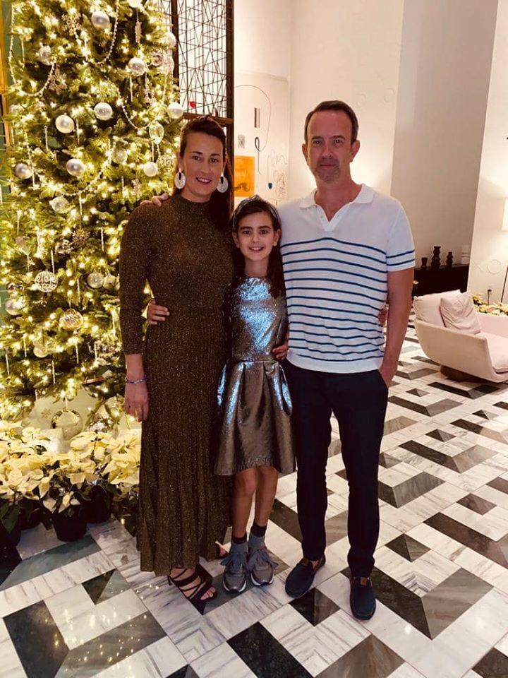 cloe samen met haar ouders